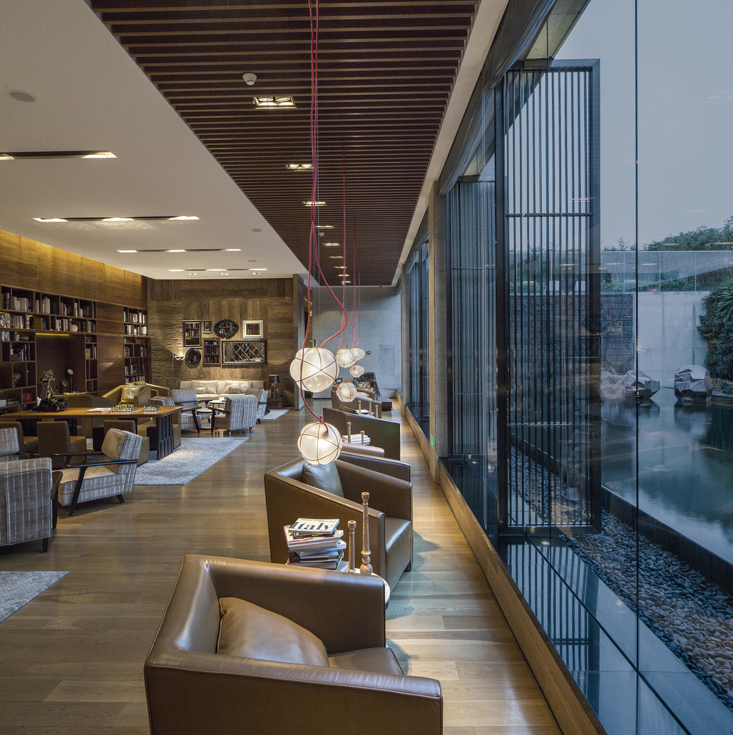 Hui Hotel - Library(YANG & ASSOCIATES GROUP)