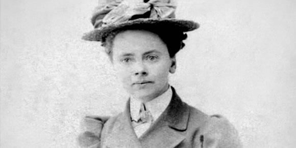2014 recipient of AIA Gold Medal: Julia Morgan, FAIA (1872-1957). Image via Museum of Motherhood