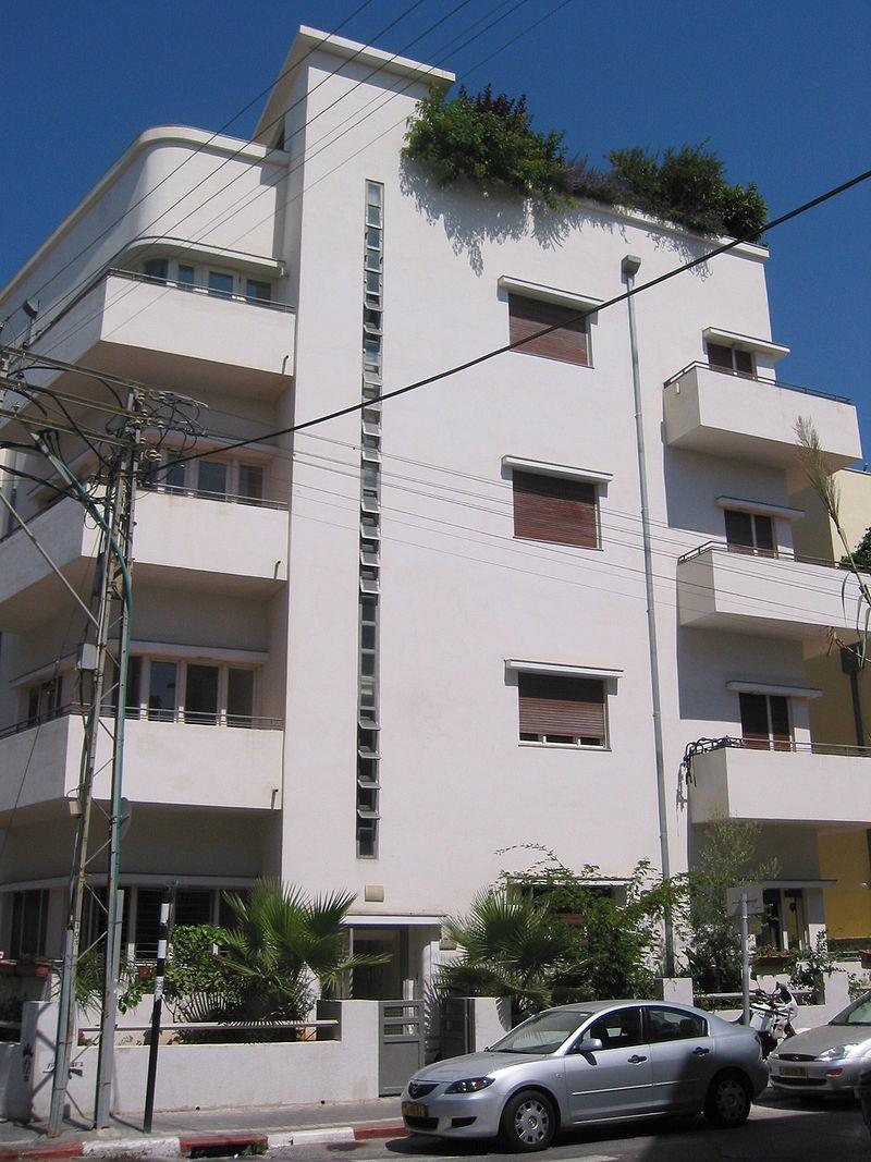"A Bauhaus building in Tel Aviv's historic ""White City."" Credit: Wikipedia"