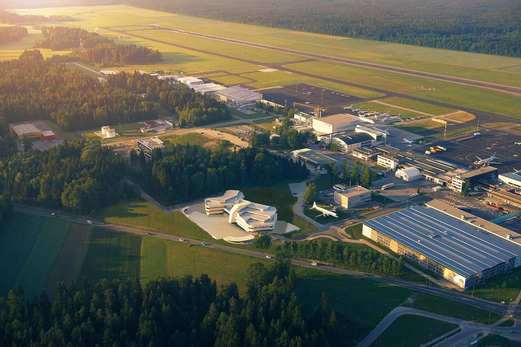 The Air Traffic Control Center by Sadar+Vuga at Airport Ljubljana. Image: Matevz Lenarcic.