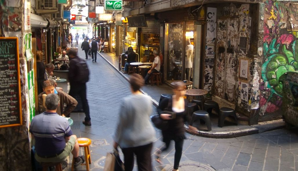 A network of lively city lanes and arcades in Melbourne's inner city contributes to a vibrant cultural life — and ultimately helped secure the top spot in the EIU Most Liveable Cities index. (Photo: Rae Allen/Wikimedia Commons)