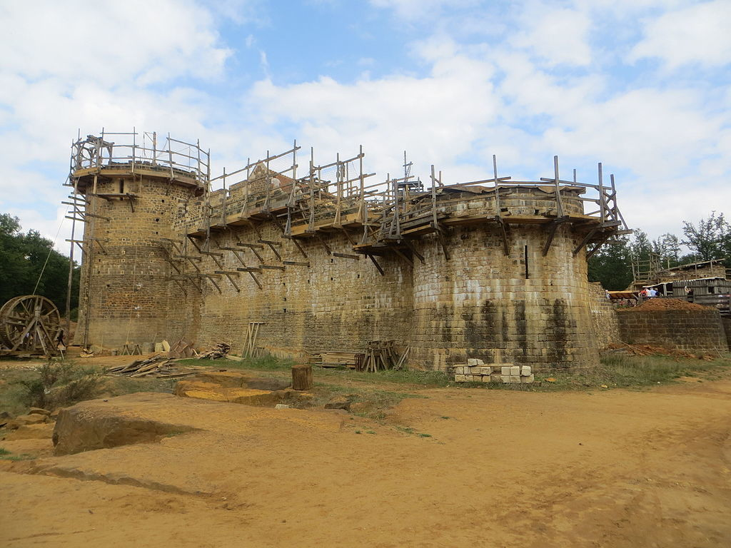 Guedelon Castle. Image: Wikipedia