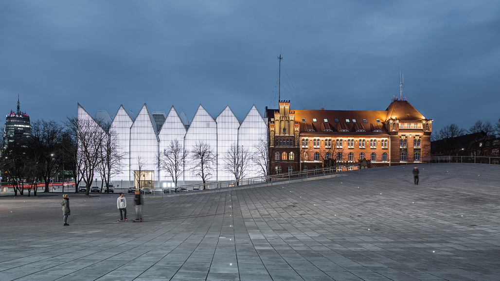 WORLD BUILDING OF THE YEAR: National Museum in Szczecin, Poland by Robert Konieczny/KWK Promes