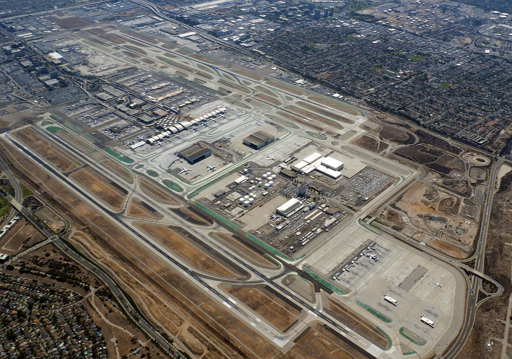 Aerial view of Los Angeles International Airport. Photo: D Ramey Logan & Taylor Mullin; image via Wikipedia.