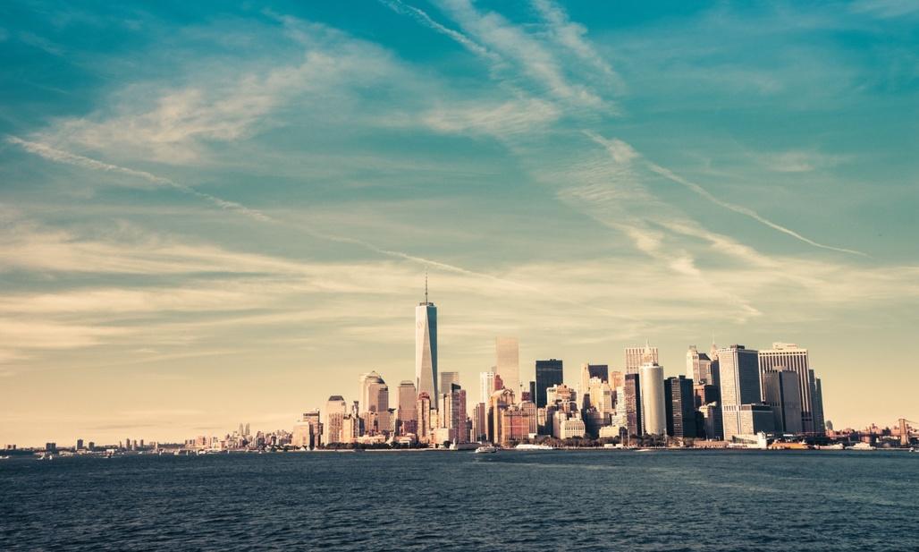 One World Trade Center dominates the Lower Manhattan skyline. (The Guardian; Photograph: Vivienne Gucwa/Guardian)