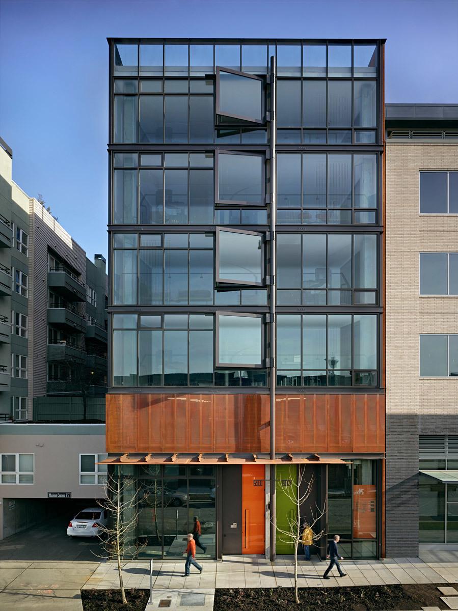 Art Stable; Seattle, WA (Photo: Benjamin Benschneider, Point32)