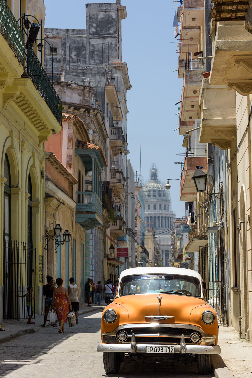 """The Guardian's Oliver Wainwright writes that Havana's real estate micro-capitalism """"won't be micro for much longer."""" (Photo: Christophe Meneboeuf/Wikipedia)"""