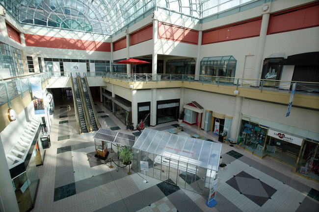Gardens at the Galleria mall in Cleveland, which has branched out from standard retail fare in hopes of attracting visitors.