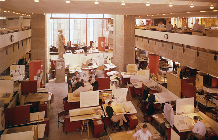 The fourth and fifth floor studios of Yale's Art and Architecture building, 1963. Photo courtesy Yale School of Architecture.