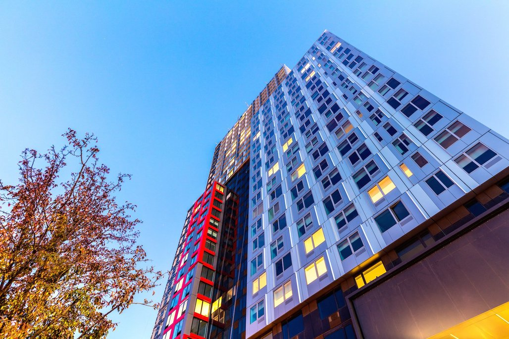 The long-delayed 461 Dean Street modular tower is finally ready to welcome its residents. (Photo: Max Touhey; image via newyorkyimby.com)