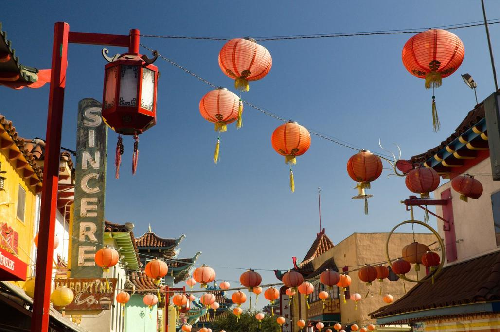 Lanterns in Chinatown, Los Angeles. Photo: Milo & Silvia/Flickr.