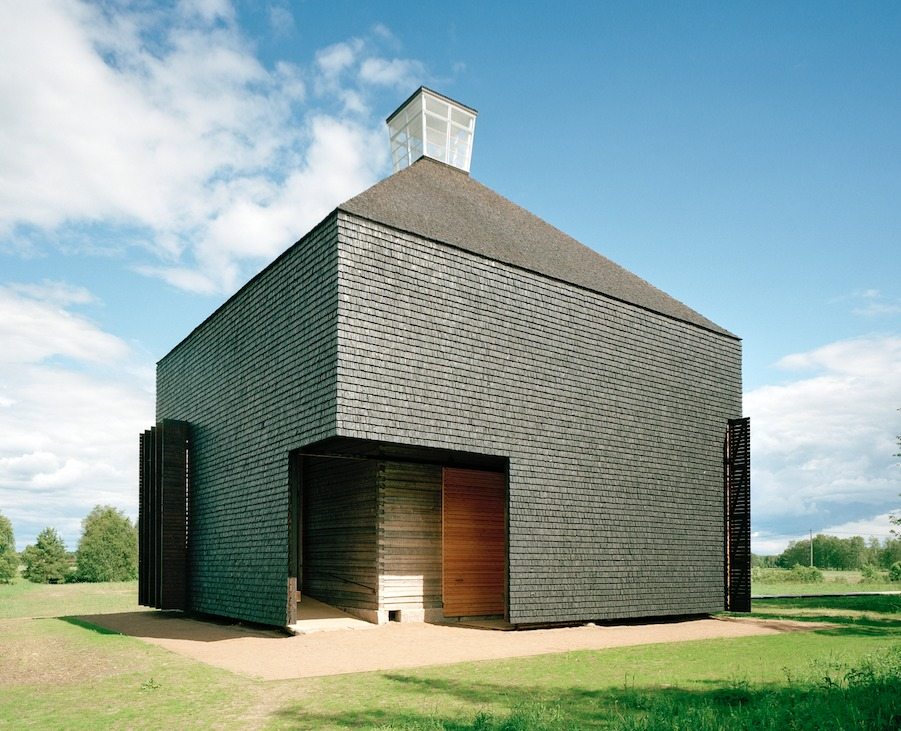 Kärsämäki Shingle Church. Photograph by Jussi Tiainen. Image Courtesy of Rice Design Alliance.