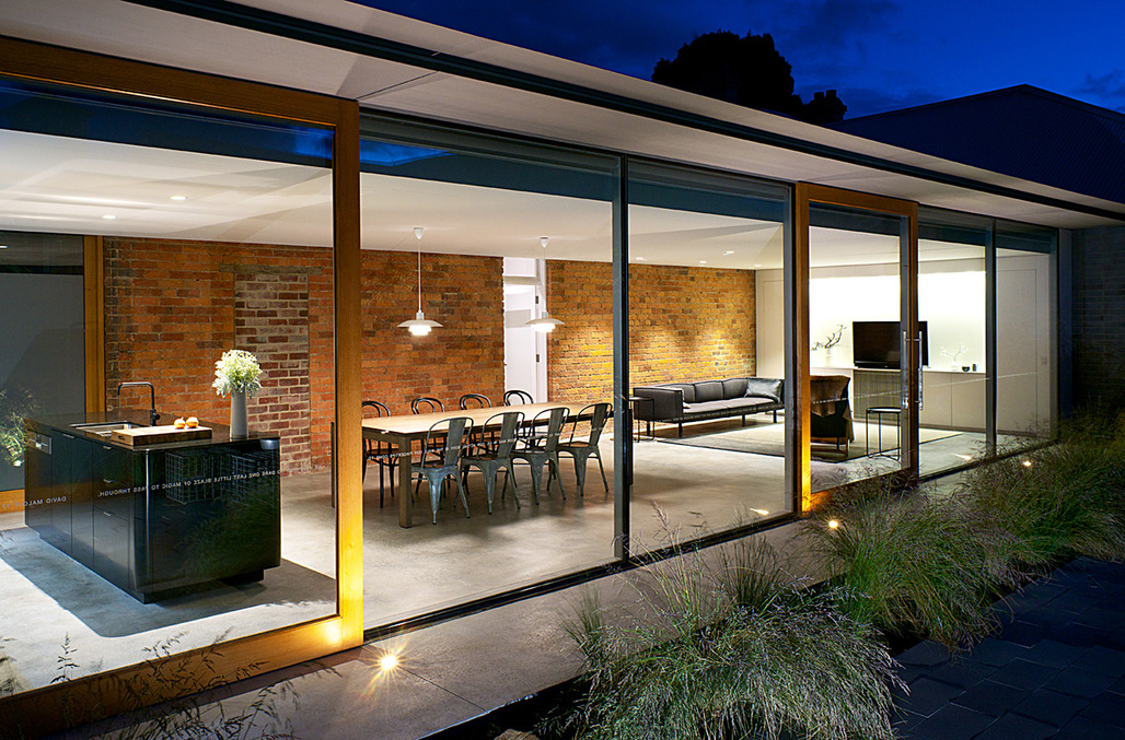 RESIDENTIAL - Houses (Alterations and Additions): The Eleanor Cullis-Hill Award – Jenny's House (TAS) by Rosevear Stephenson. Photo: Ray Joyce.