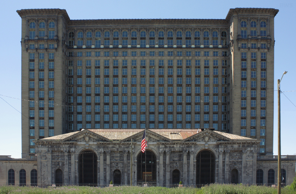 Michigan Central Station in 2016 after all of the once broken windows had been replaced in the months prior. Photo: Brian W. Schaller, Image via Wikipedia.