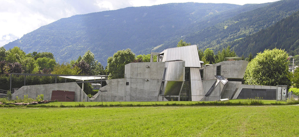 The late Austrian architect Günther Domenig famously used his own house, the iconic Steinhaus, as a sandbox for his architectural experimentation. Photo: Hans Peter Schaefer/Wikipedia.