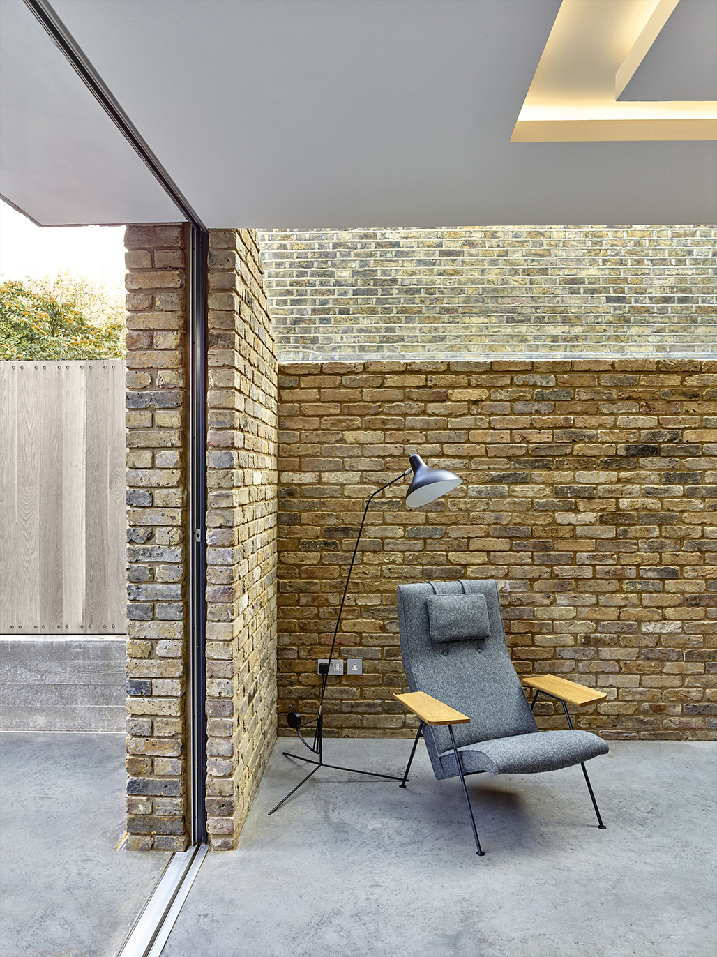 Modern Side Extension in London, UK by Coffey Architects; Photo: Tim Soar