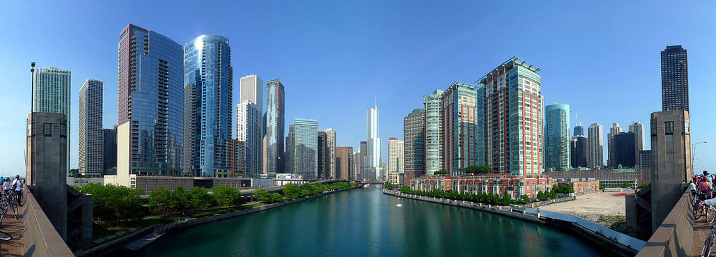 """Chicago's apartment building boom has yet to experience """"top-shelf architecture"""", says Tribune architecture critic Blair Kamin. (Image via Wikipedia)"""