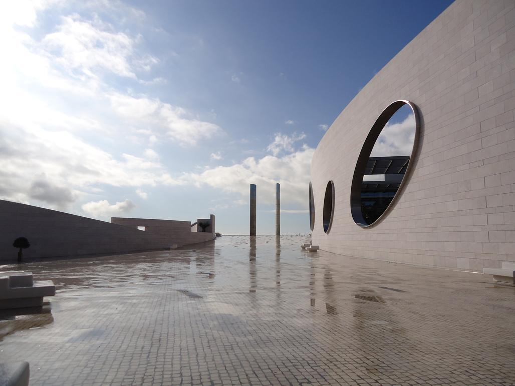 Champalimaud Centre for the Unknown, Lisbon (via Wikipedia)