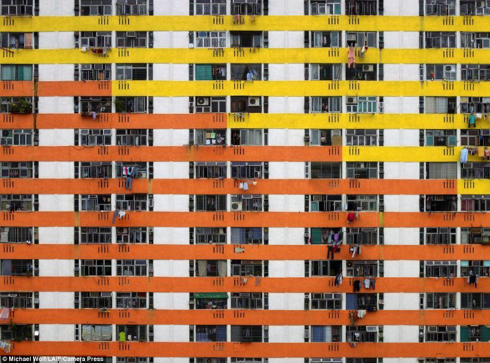 Apartments in Hong Kong. Image via dailymail.co.uk, photo © Michael Wolf/LAIF/Camera Press.