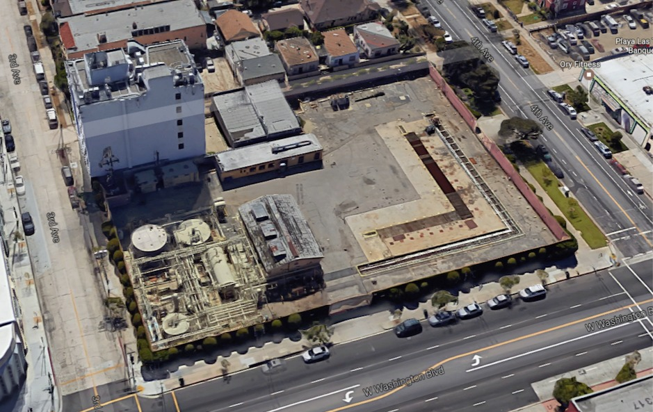There are plans to build affordable housing on the site of an oil-drilling facility in Arlington Heights, Los Angeles. Screenshot via Google Maps.
