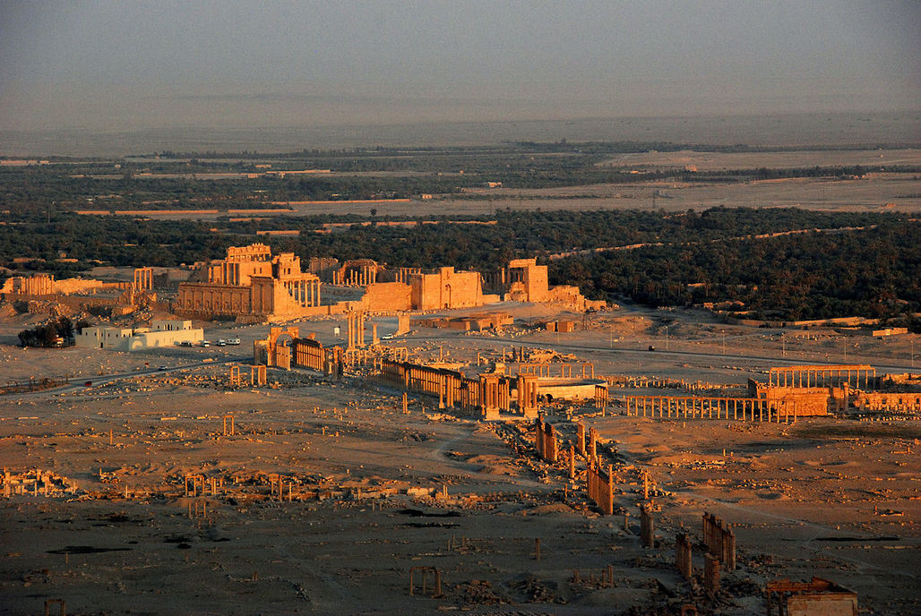 A UNESCO World Heritage Site, the historic treasures of the ancient city of Palmyra have fallen into the hands of ISIS forces for the second time since its first occupation began in May 2015. (Photo: James Gordon/Wikipedia)