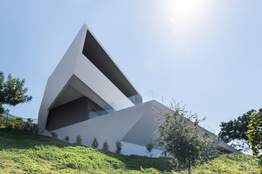 MU77 by Arshia Architects.