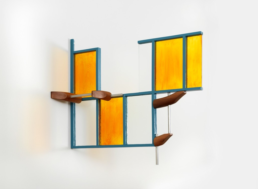 Richard Rezac, Quimby (painted steel, plate glass, enameled plate glass, and cherry wood), 2017, Chicago. Courtesy of the artist. From the 2017 organizational grant to The Renaissance Society for
