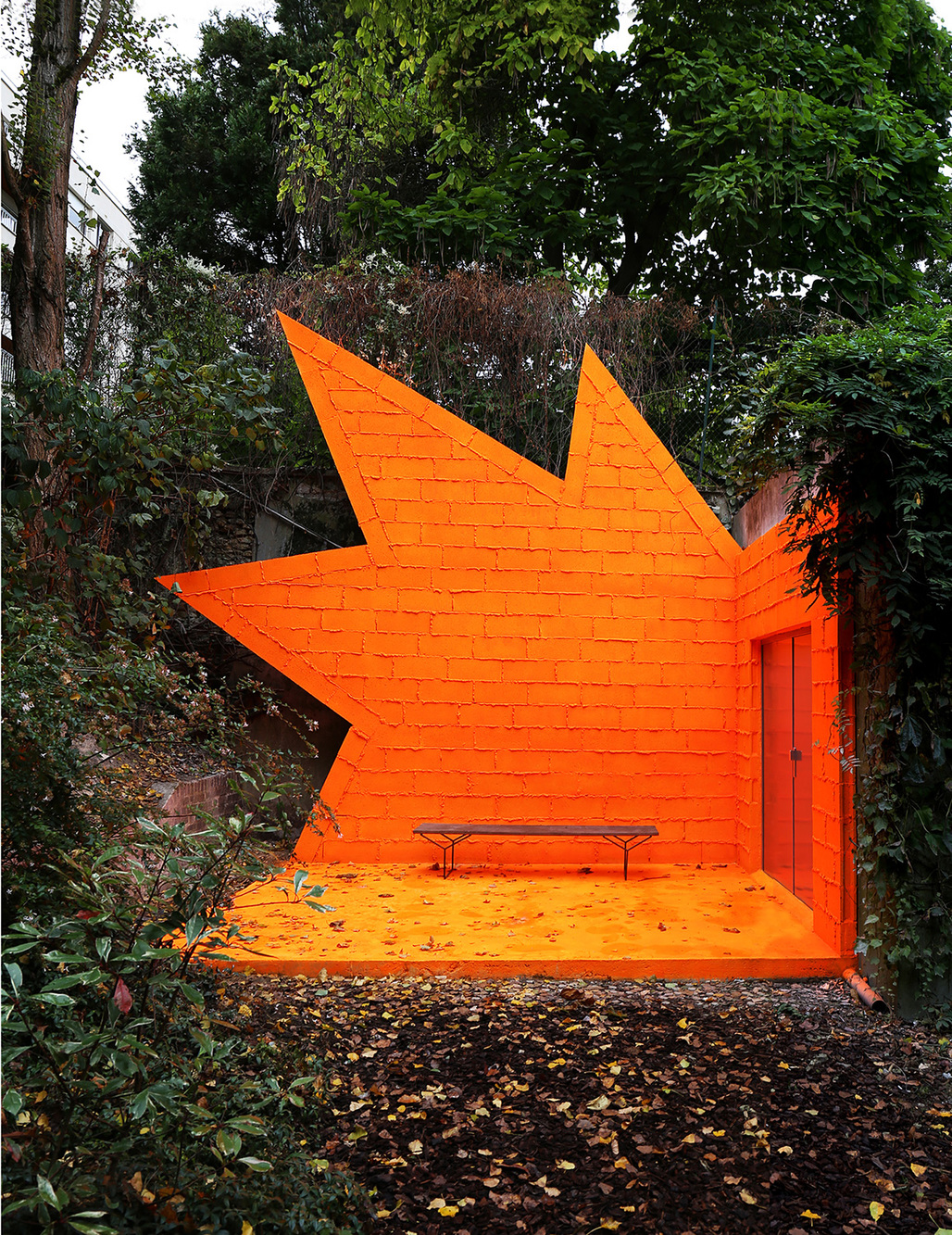 Didier Faustino, This is Not a Love Song, 2014, Meudon, France. From the 2015 Individual Grant to Didier Faustino for Mis/Architecture(s).