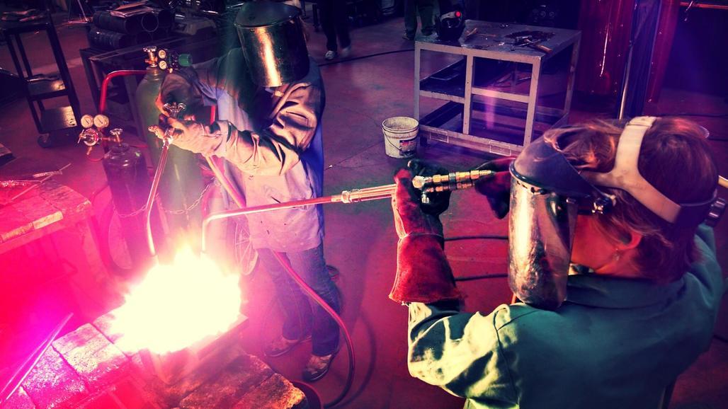 OSE members hard at work. Credit: OSE