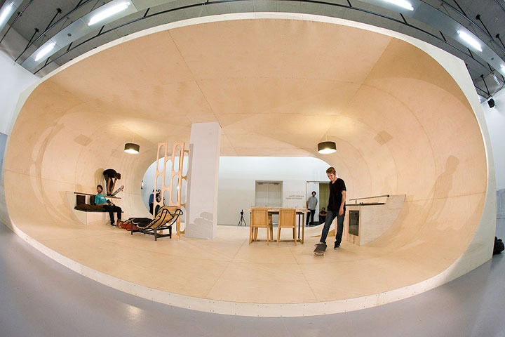 PAS House / Skateboard House by Francois Perrin and Gil Le Bon Delapointe