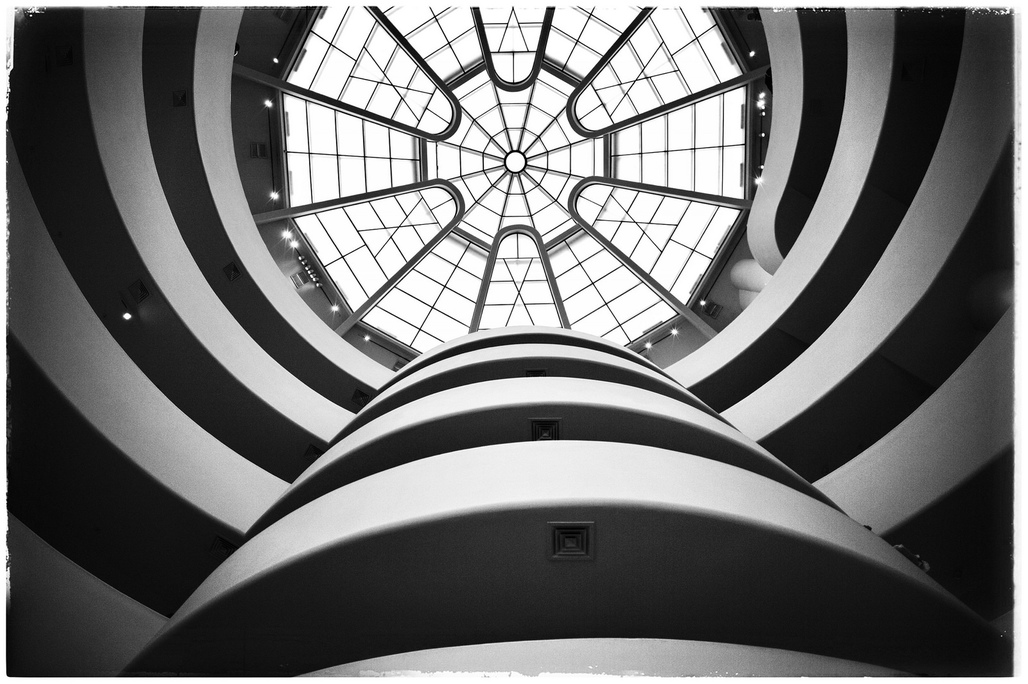 "Inside the Guggenheim, New York City. Photo: Loïc/<a href=""https://www.flickr.com/photos/loic490/13169633143""target=""_blank"">Flickr</a>."