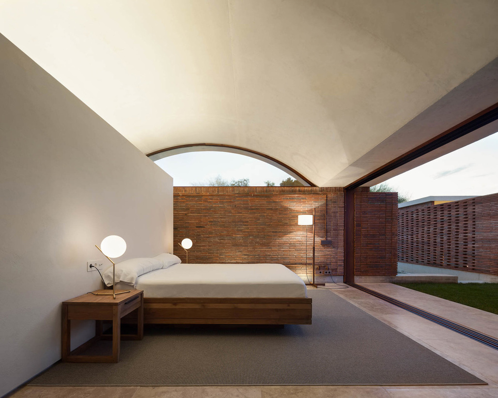 "<a href=""http://archinect.com/MESURA/project/casa-iv"">CASA IV</a> in Matola, Spain by <a href=""http://archinect.com/MESURA"">MESURA</a>"