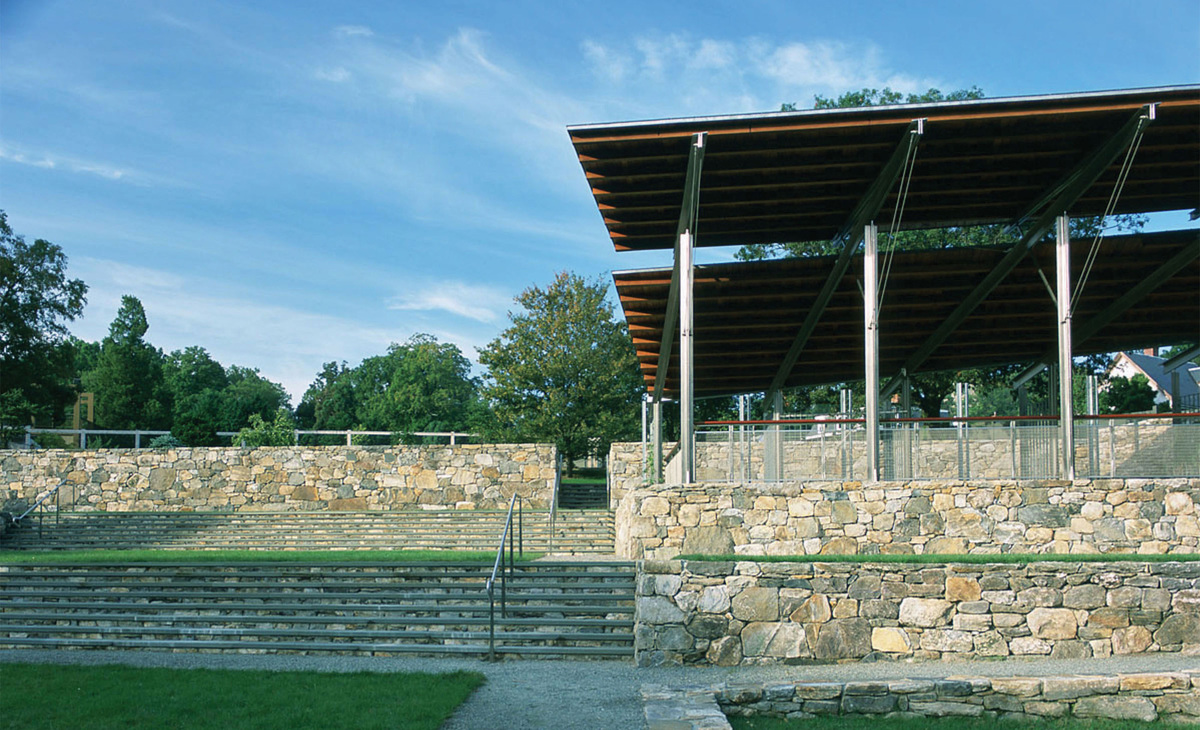 The stonework, while clearly a new intervention in an historic landscape, is derived from the stonework found in other parts of the arboretum. The openness of the Event Pavilion creates an airy garden structure with many uses, from shelter to viewing platform, to outdoor classroom. photo Alan Ward