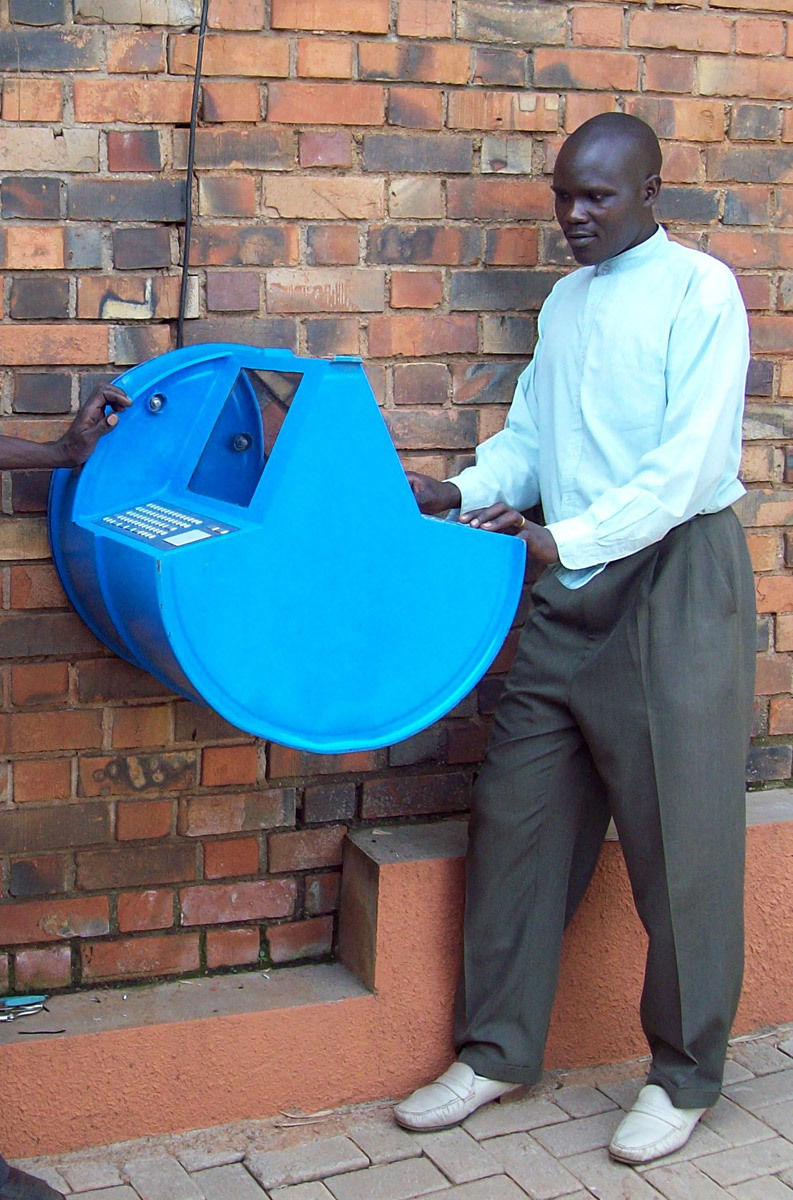 Digital Drum: Concept: Khalid Arbab (Sudan), UNICEF; prototype 1: Jean-Marc Lefébure (Belgium), UNICEF, and Grant Cambridge (South Africa), Council for Scientific and Industrial Research Meraka; prototype 2: Jean-Marc Lefébure, UNICEF; prototype 3: Seth Herr (USA) and Jean-Marc Lefébure, UNICEF. Fabrication: Jean-Marc Lefébure, Grant Cambridge, Emmanuel Ezabo, Seth Herr, Islam Khairul, Cissy Majoli, Malik Abdul, Abdul Ahmed, Francis Ssemukte, Hamid Bbossa, Jacob Odere, Amos Okello, Fred...