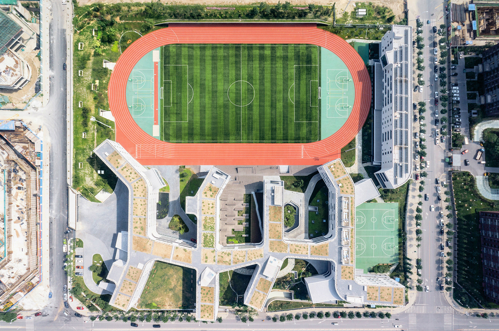 Aerial view of Beijing No.4 High School Fangshan Campus. Photo © Xia Zhi