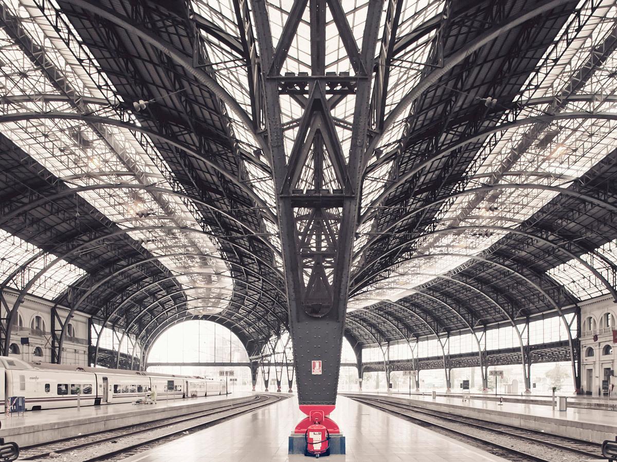 Alvia Train Station, Barcelona © Franck Bohbot