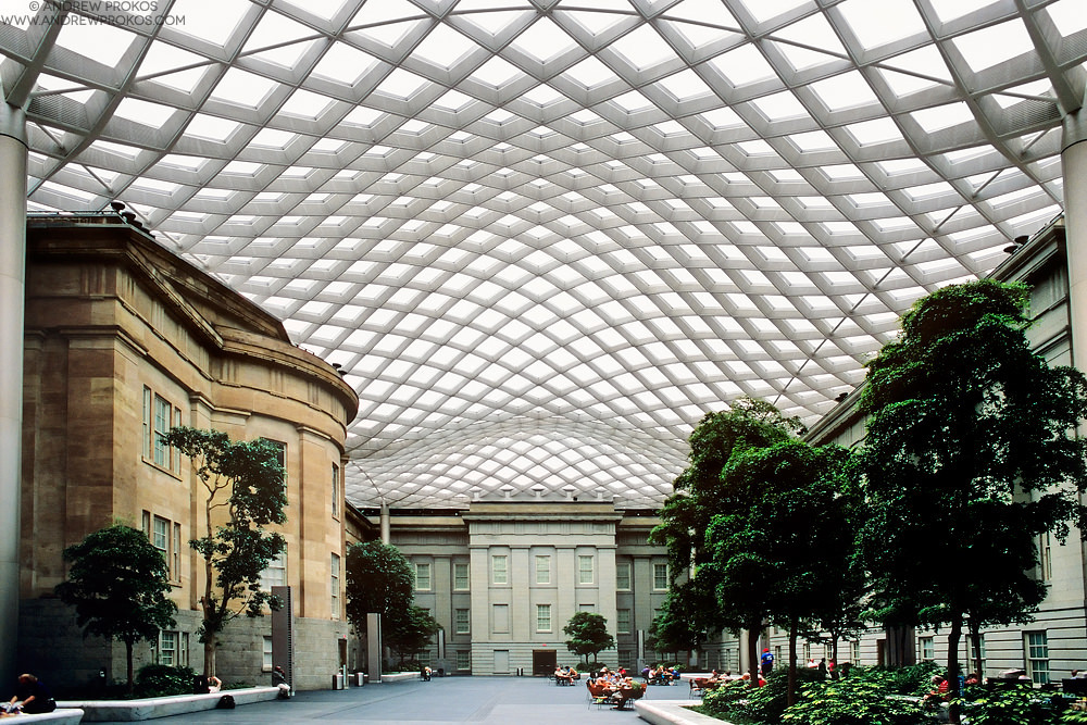 Mesh Canopy, National Portrait Gallery. Architect: Foster + Partners © Andrew Prokos