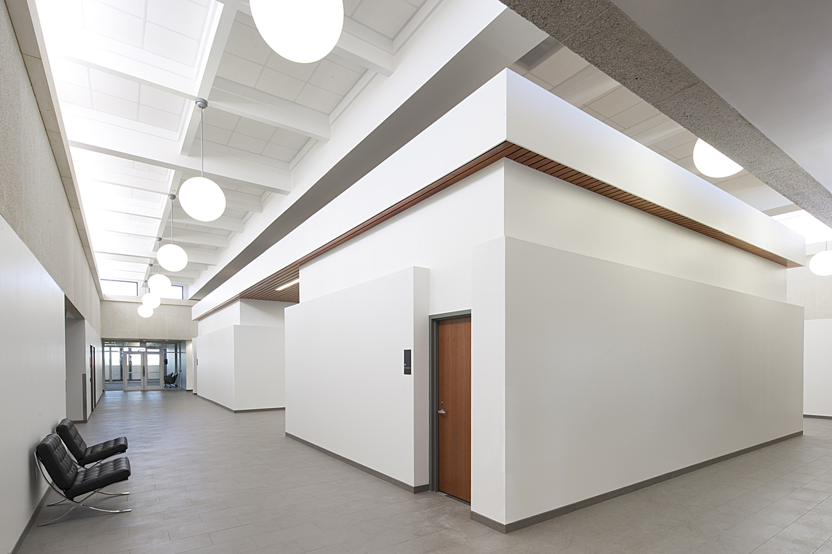 new 4th floor main circulation & meeting rooms