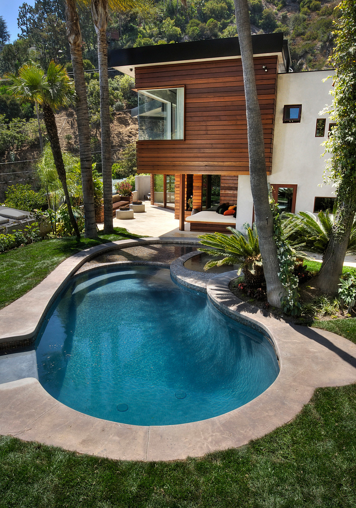 West Hollywood Residence in West Hollywood, CA by (fer) studio, LLP