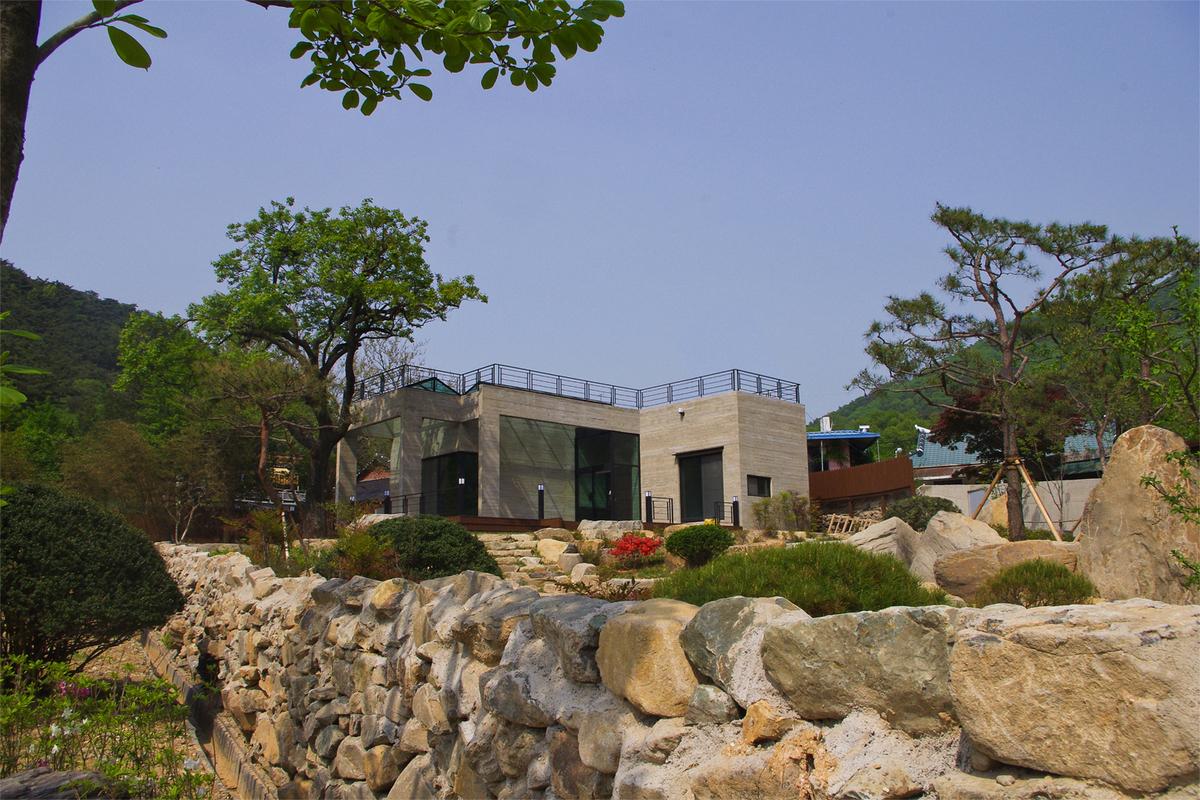 House of San-jo Photo 13