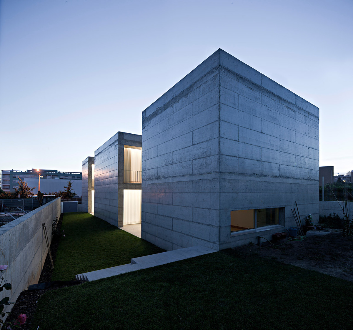 Exterior of the house in Moreira, Maia, Portugal (Photo: Javier Callejas)