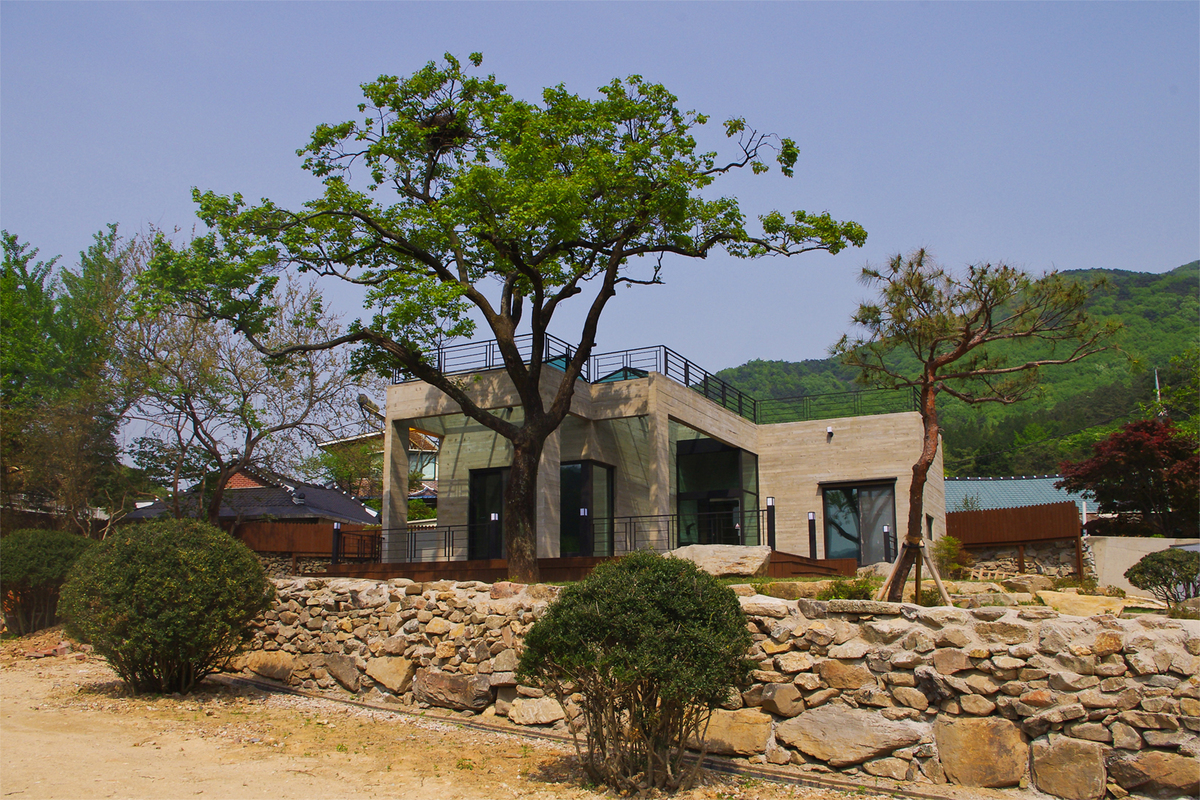 House of San-jo Photo 12
