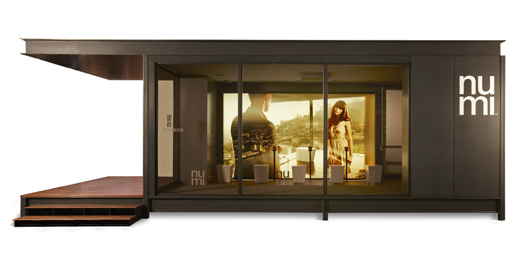 Architects Marmol Radziner Prefab created a pop-up showroom to debut Kohler numi at tradeshows. Pictured is an exterior shot.