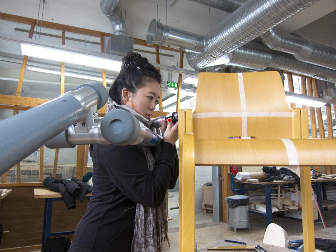 Jennifer Wong with the digitizer & Kari 3 chair