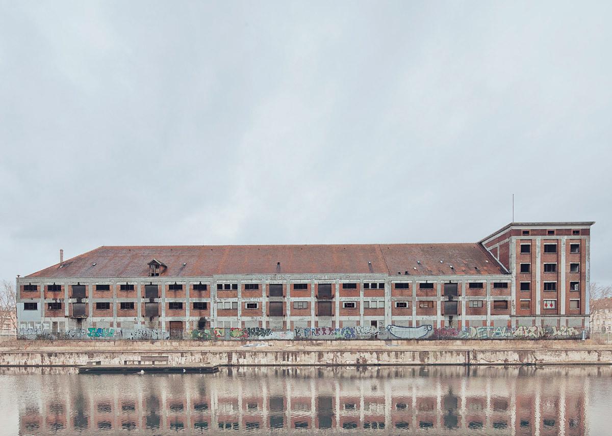 Strasbourg, Abandonned Building © Franck Bohbot