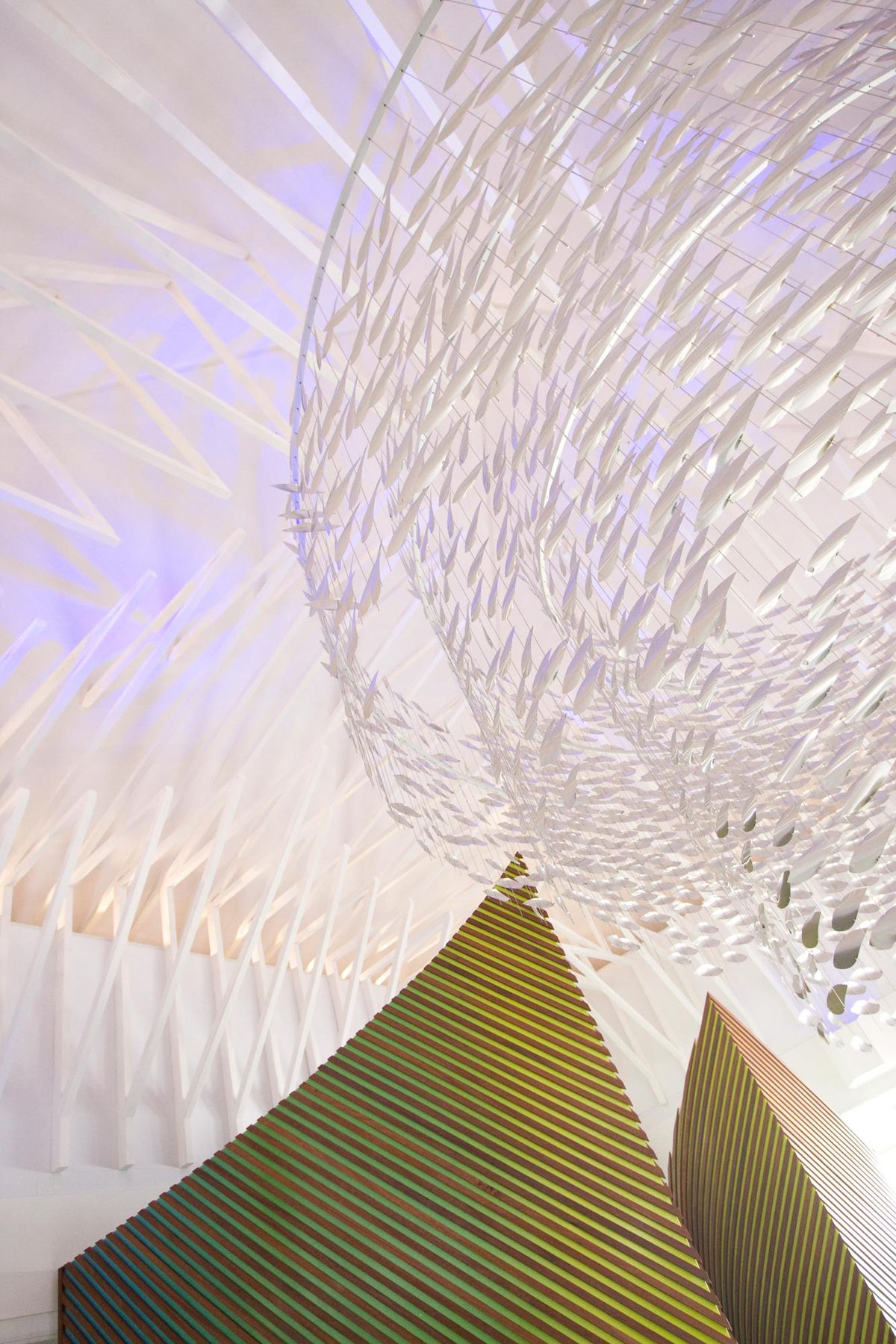 Sculptural shoal
