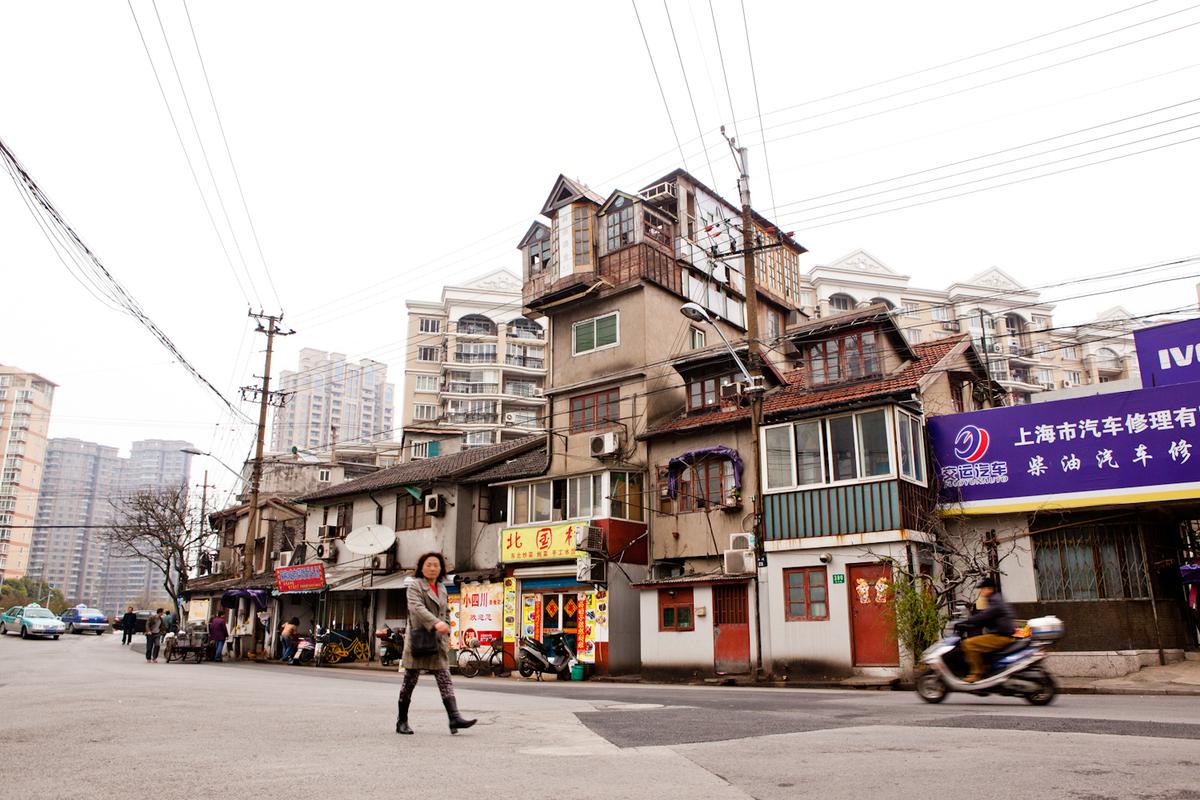Informal verticality in Shanghai. Credit U-TT / Daniel Schwartz.