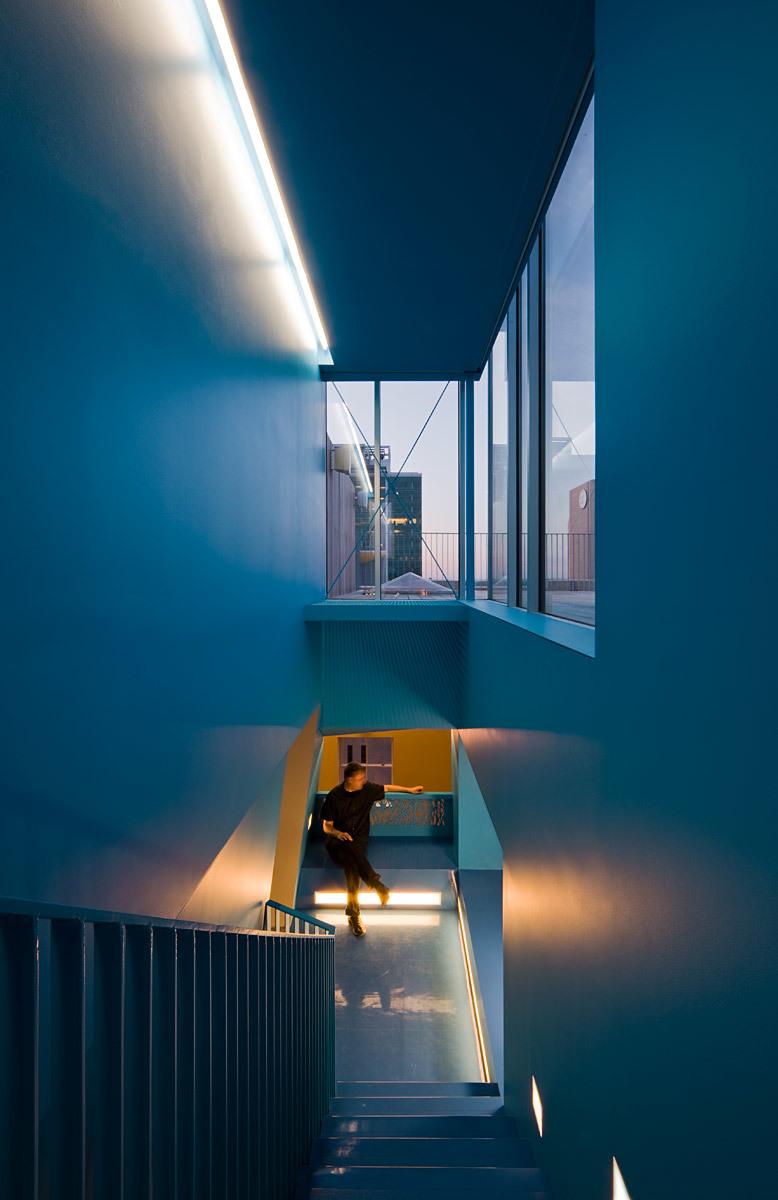 L Residence; Omaha, NE by Min   Day (Photo: Paul Crosby)