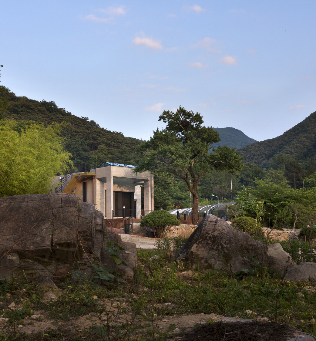 House of San-jo Photo 01