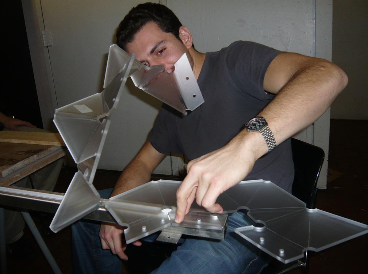 Plastic strip heat bender